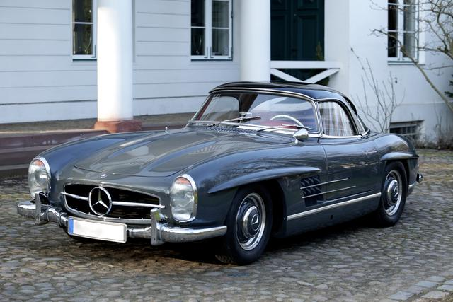Bonhams mercedes benz sale stunning cars for sale rescars for 1957 mercedes benz 300sl
