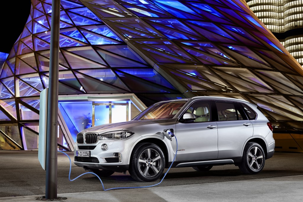 The BMW X5 Get a Hybrid Treatment