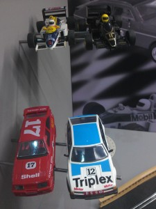 Hornby Centre Scalextric Cars F1 Williams Lotus Sierra Rover
