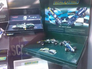 Hornby Centre Scalextric Cars Lotus Type 49 Eagle Gurney Weslake V-12