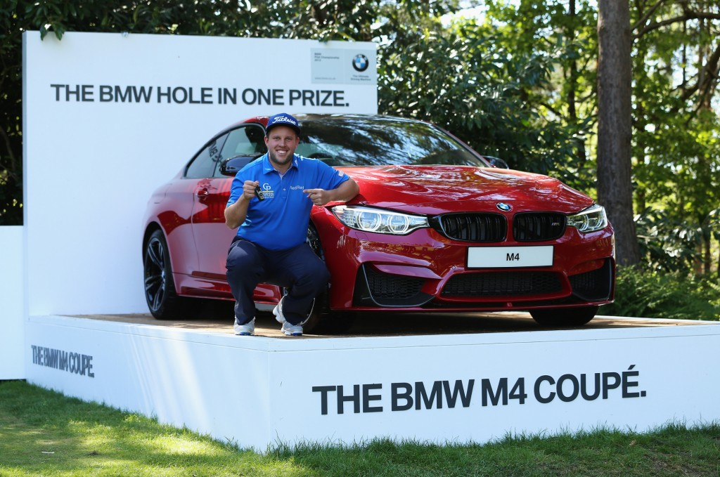 Golfer wins BMW M4 with hole in one