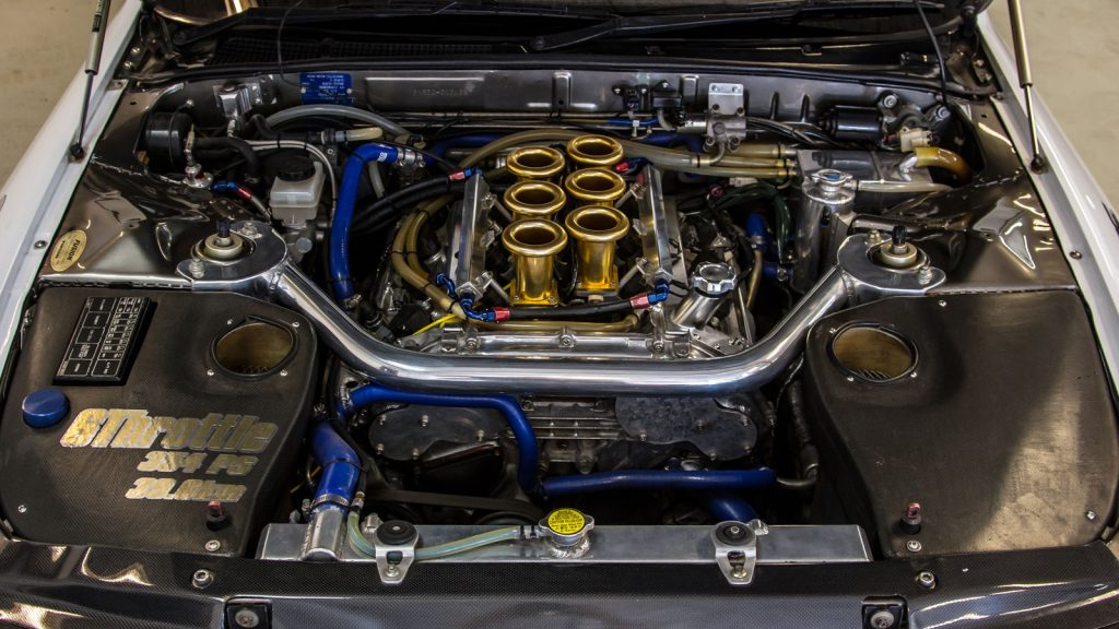 Top Secret Nissan Skyline GT-R VQ35 V32 Engine Bay