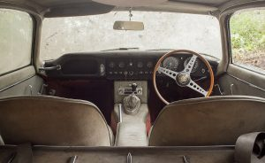 1964-jaguar-3-8-e-type-barn-find-7