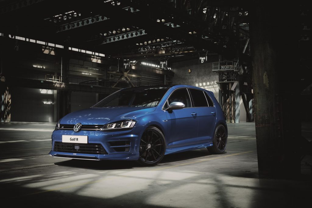 Oettinger release styling kits for Volkswagen Golf performance trio