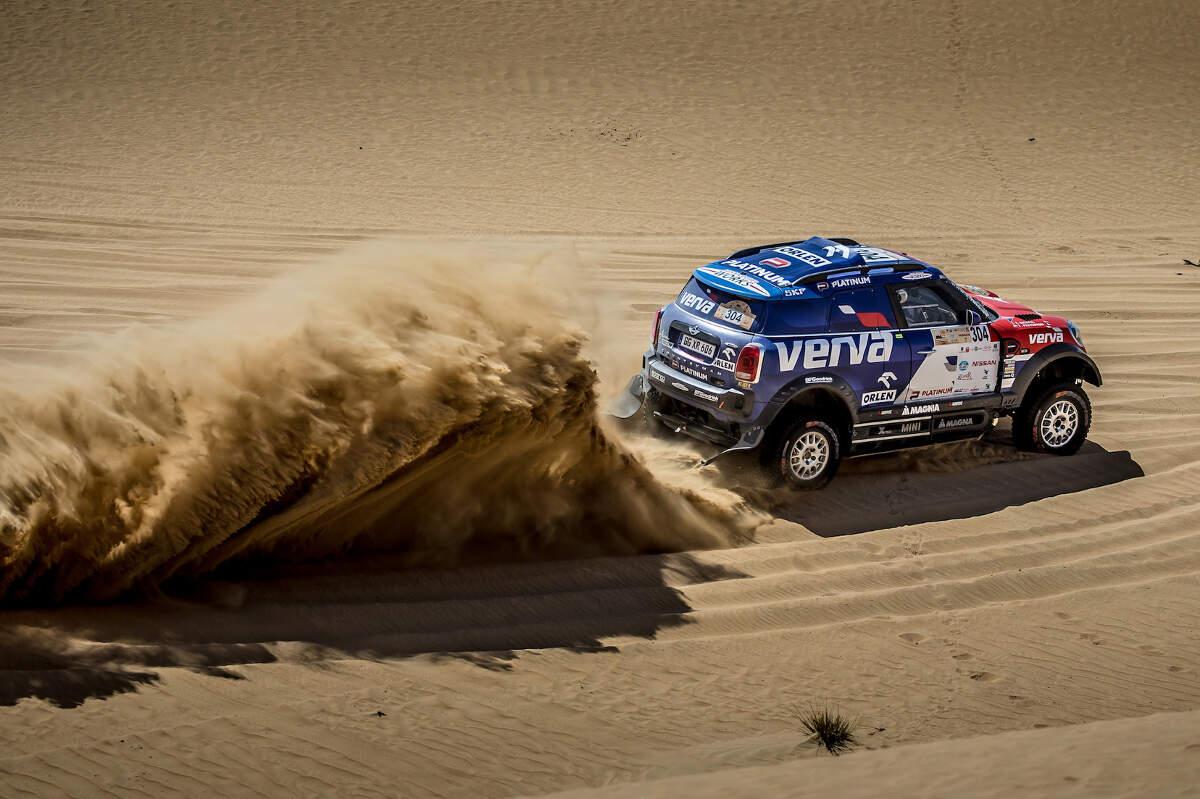 Jakub Przygonski Wins The 2018 Dubai International Baja for MINI