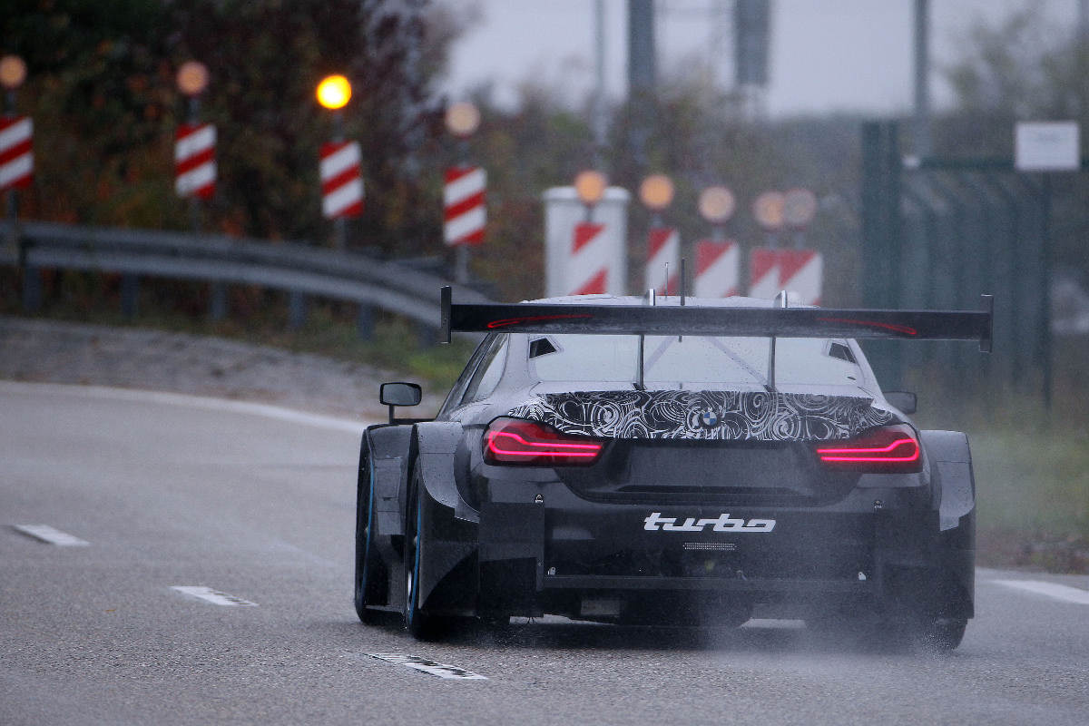 2019 BMW M4 DTM Revealed - Track Rear